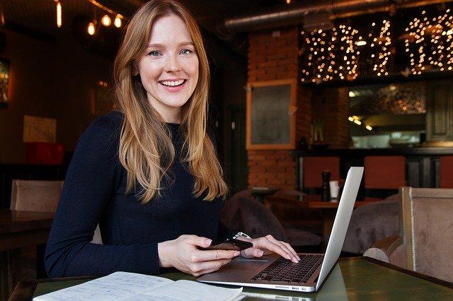 女性が独立・起業するには?おすすめの職種や準備について解説!