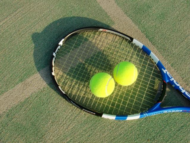 サッカーやテニスコーチの年収はどのくらい?年収アップを叶えるスキルとは